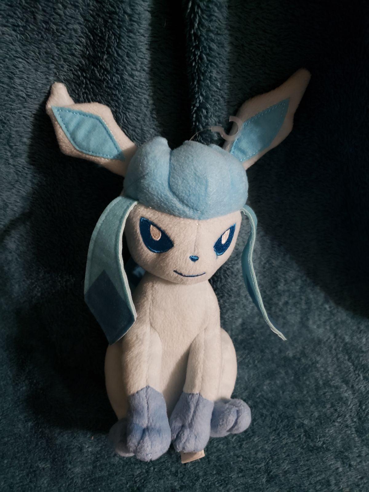 Pokemon glaceon plush