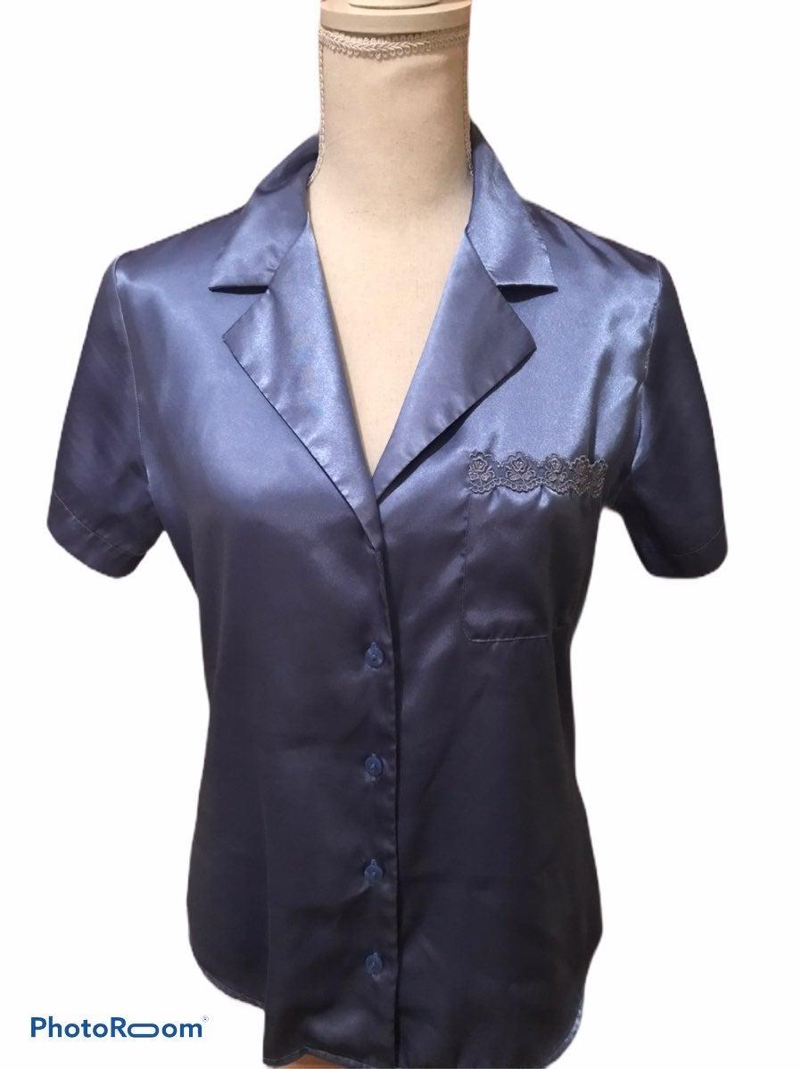 Pajama top & short set size Small