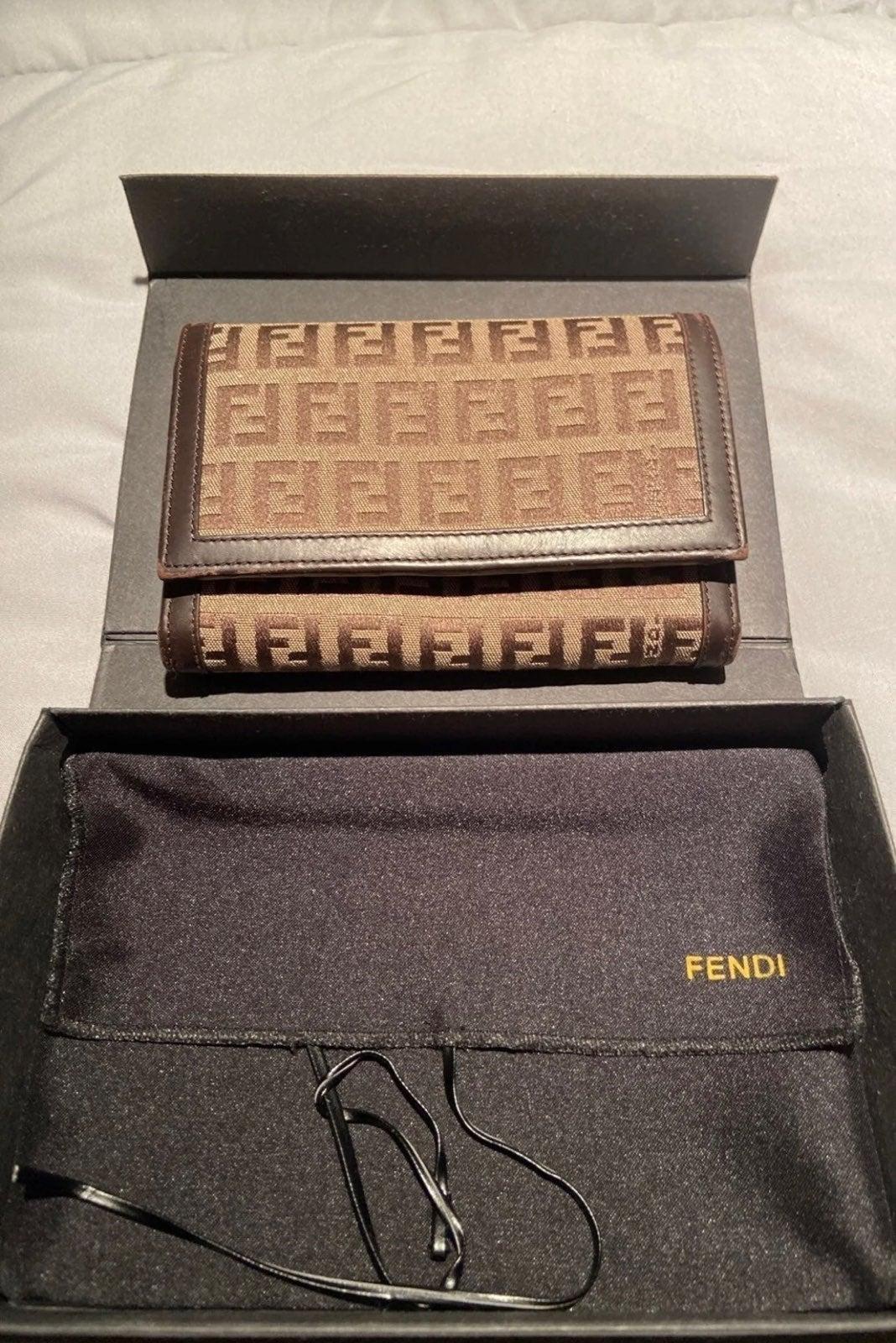 Fendi Wallet Bundle 4 Boo2
