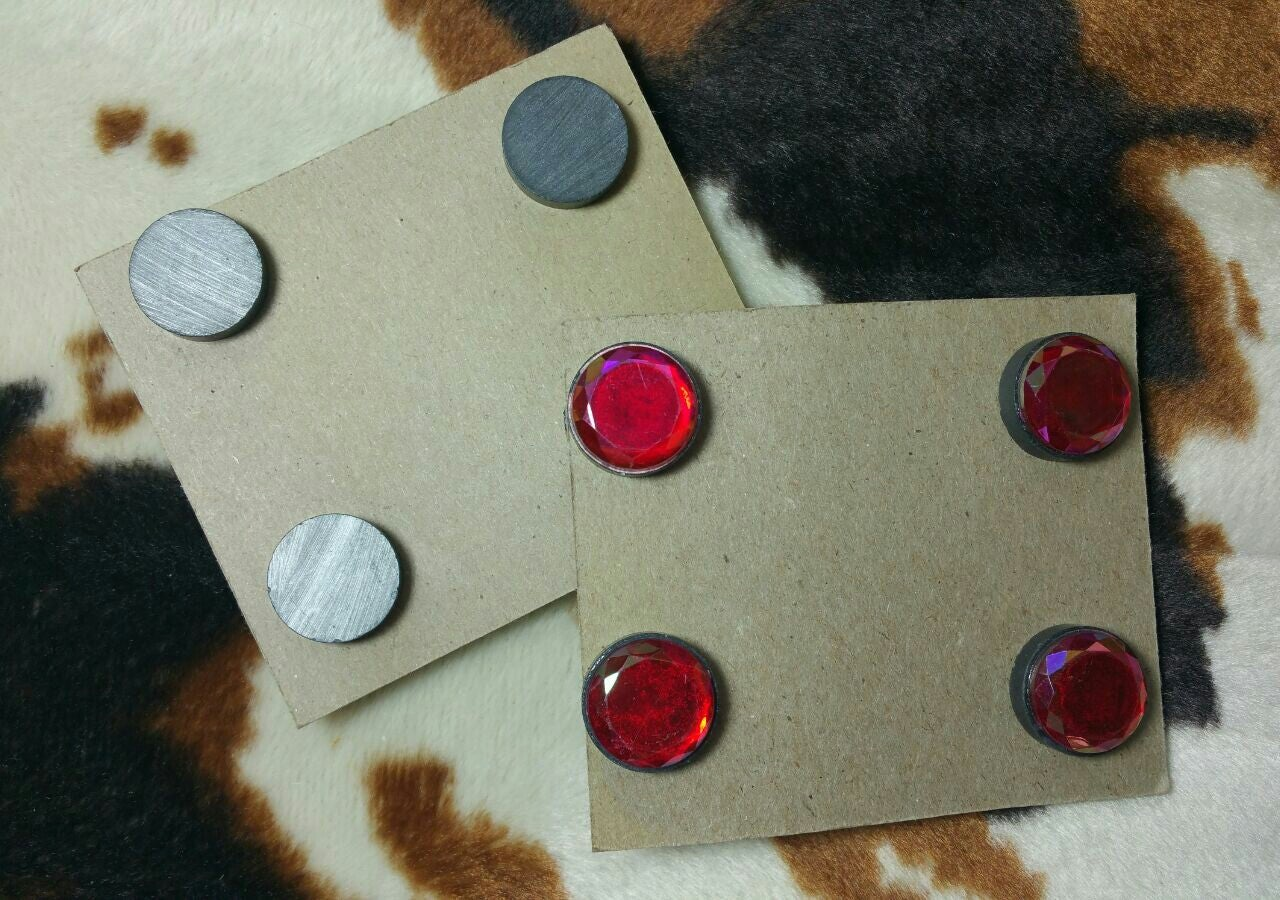 Magnetic Show Number Holders