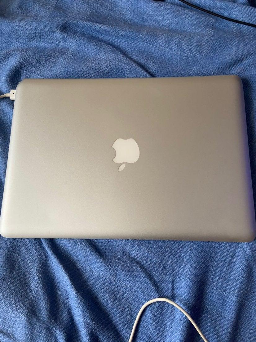 Macbook 13 inch Aluminum Late 2008