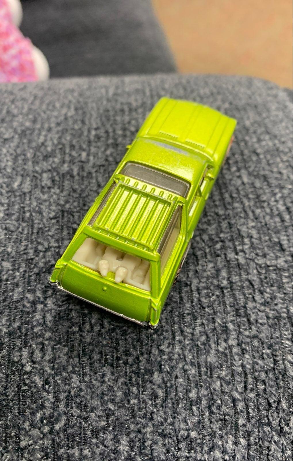 Vintage 1971 Matchbox station wagon