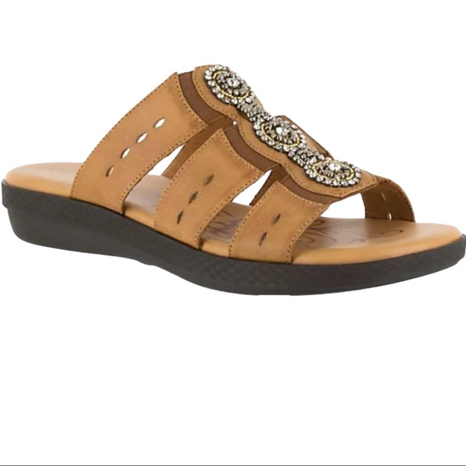 New! Easy Street Slide Sandals - Nori