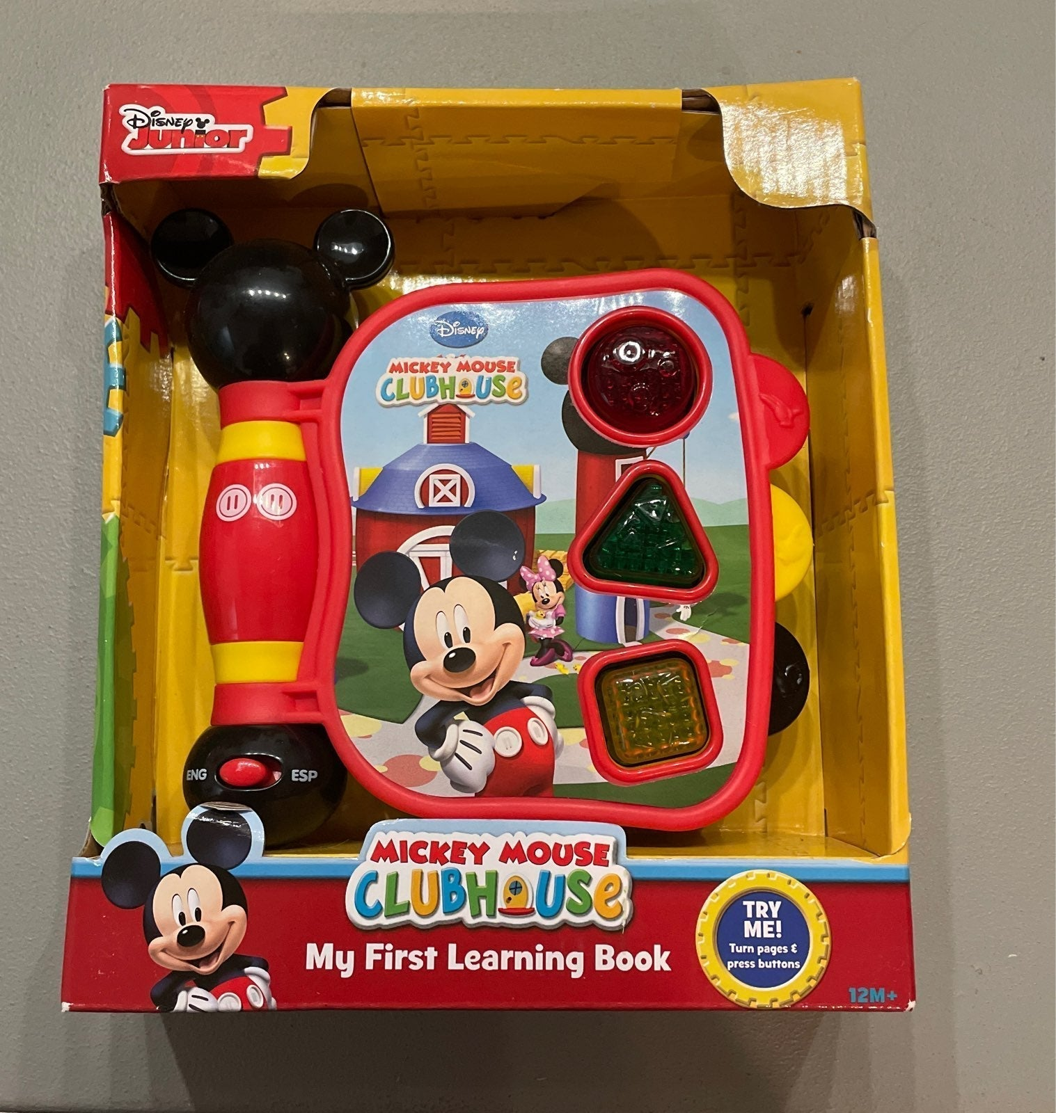 Disney junior- my first learning book