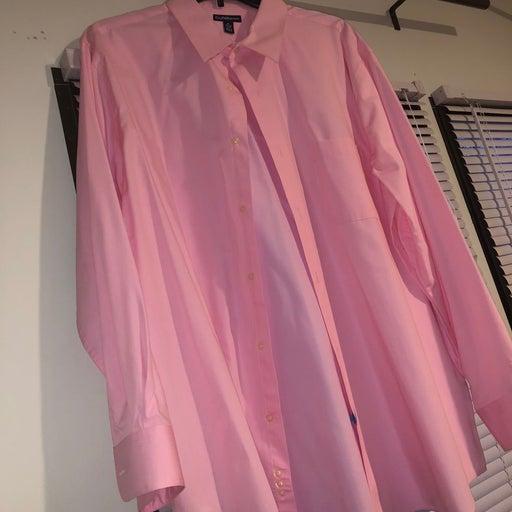 Men pink dress shirt