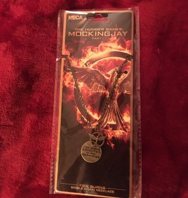 BRAND NEW Hunger Games NECA Necklace