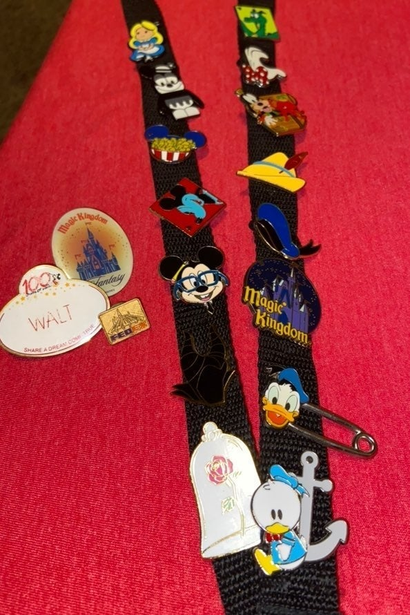 Disney Pin Collection - 15 Pins +3 FREE