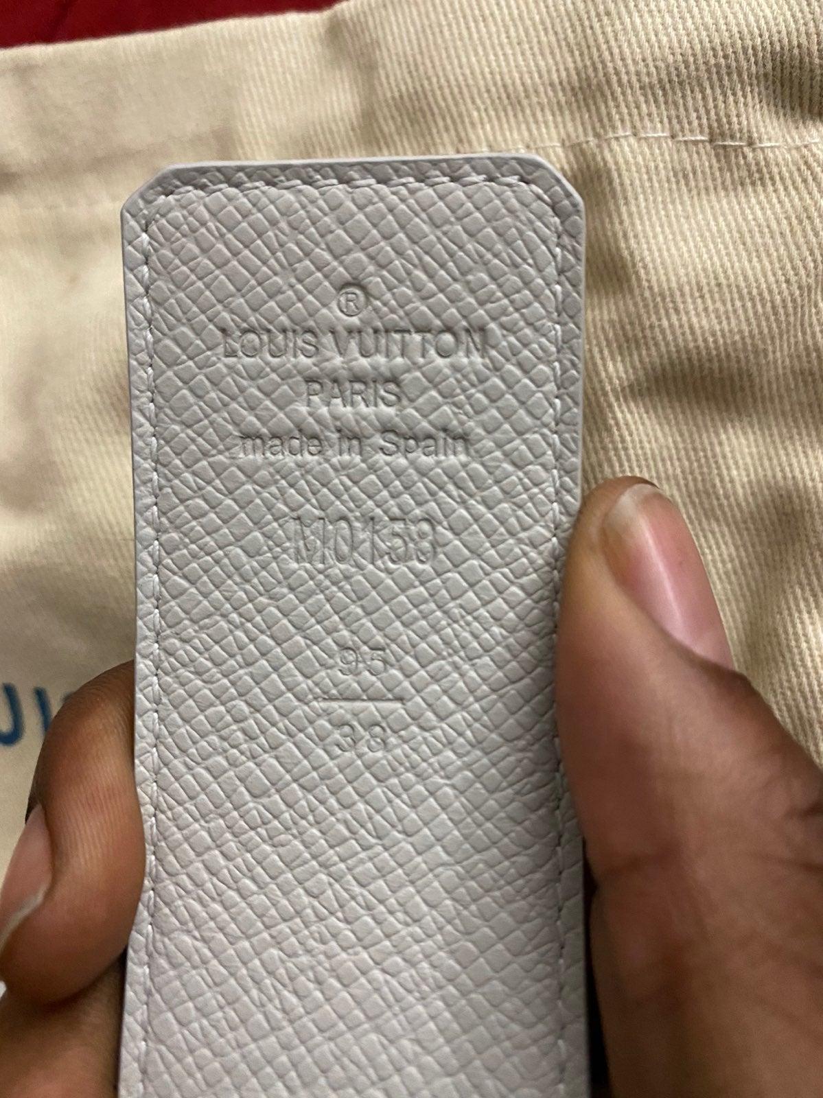 Louis Vuitton Initiales 40mm Reversible