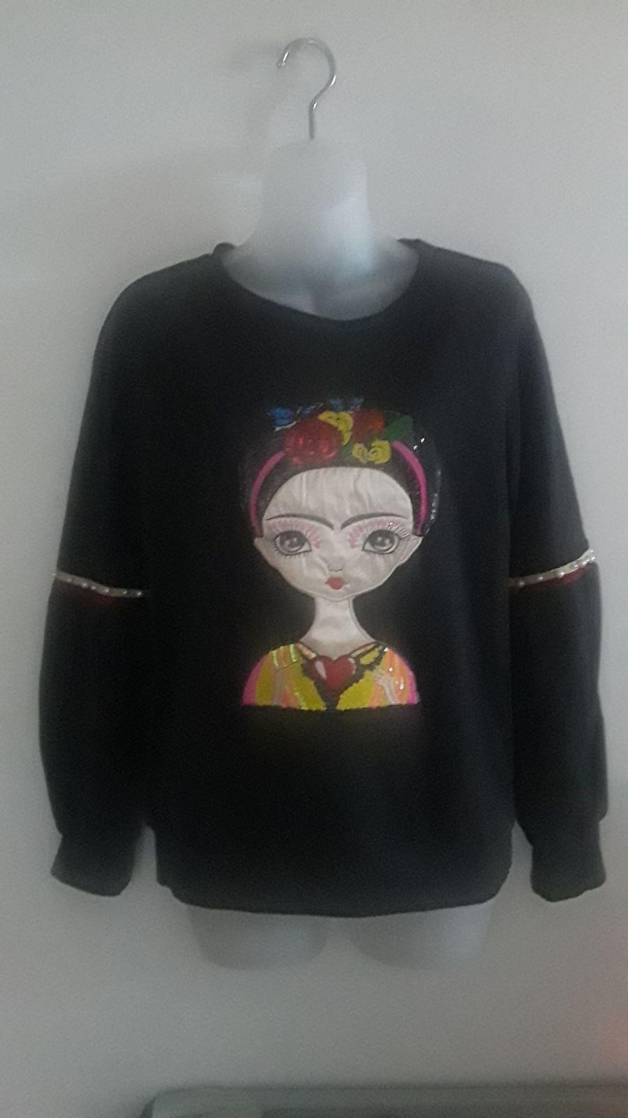 grey Frida kahlo Embroidery sweatshirt