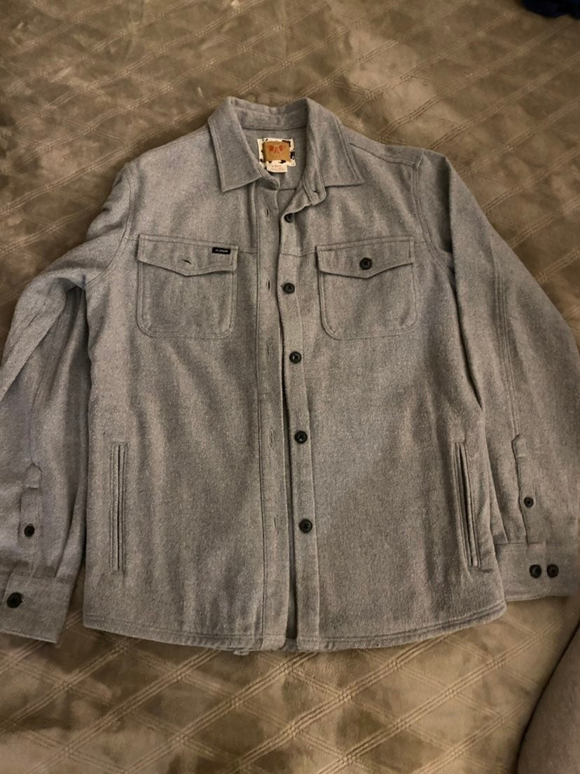 Womens solid thick flannel rvca size sma