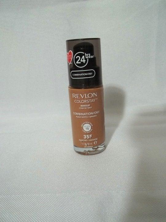 Revlon Colorstay Foundation Almond