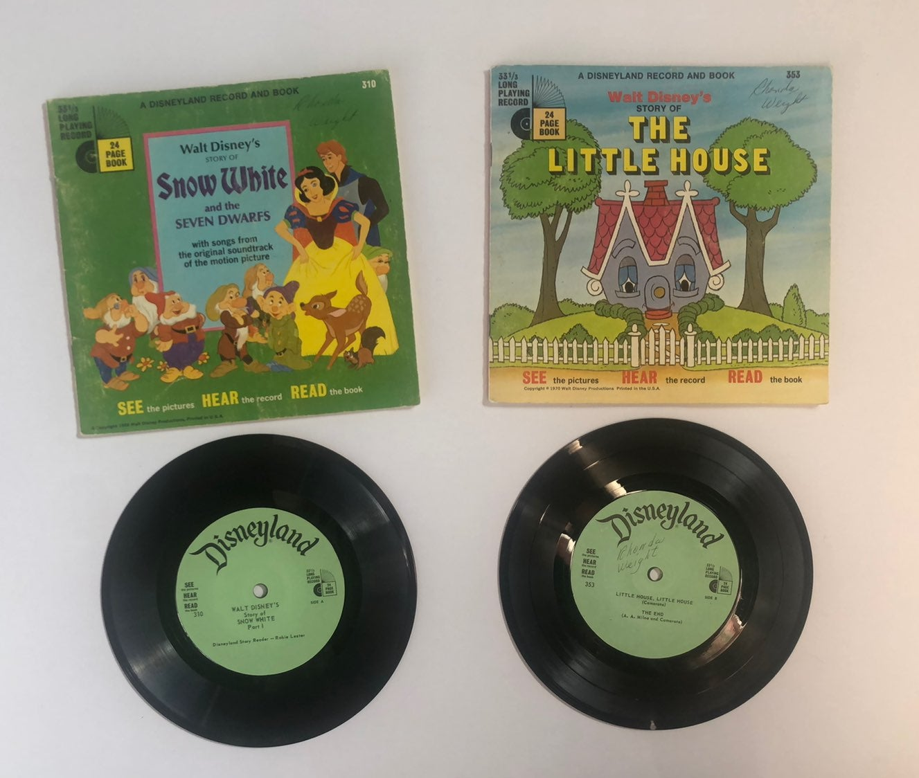 Snow White & The Little House Record Boo