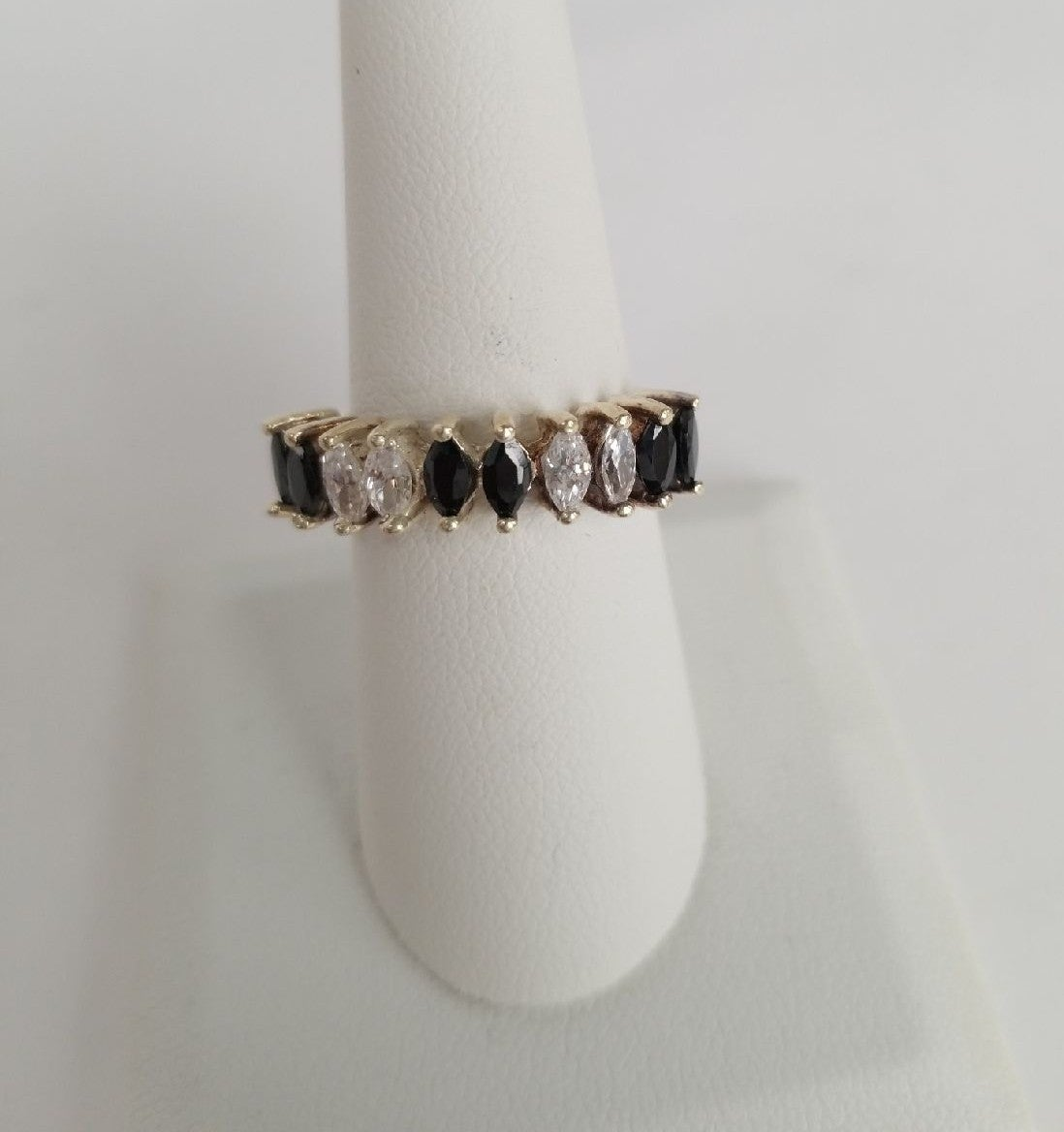 92.5 Sterling Silver & gem ring size 7.5