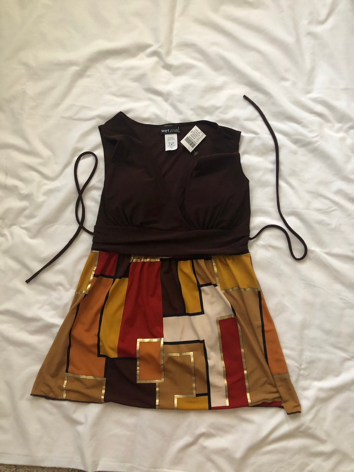 NWT WET SEAL TOP WITH BUILT IN BRA