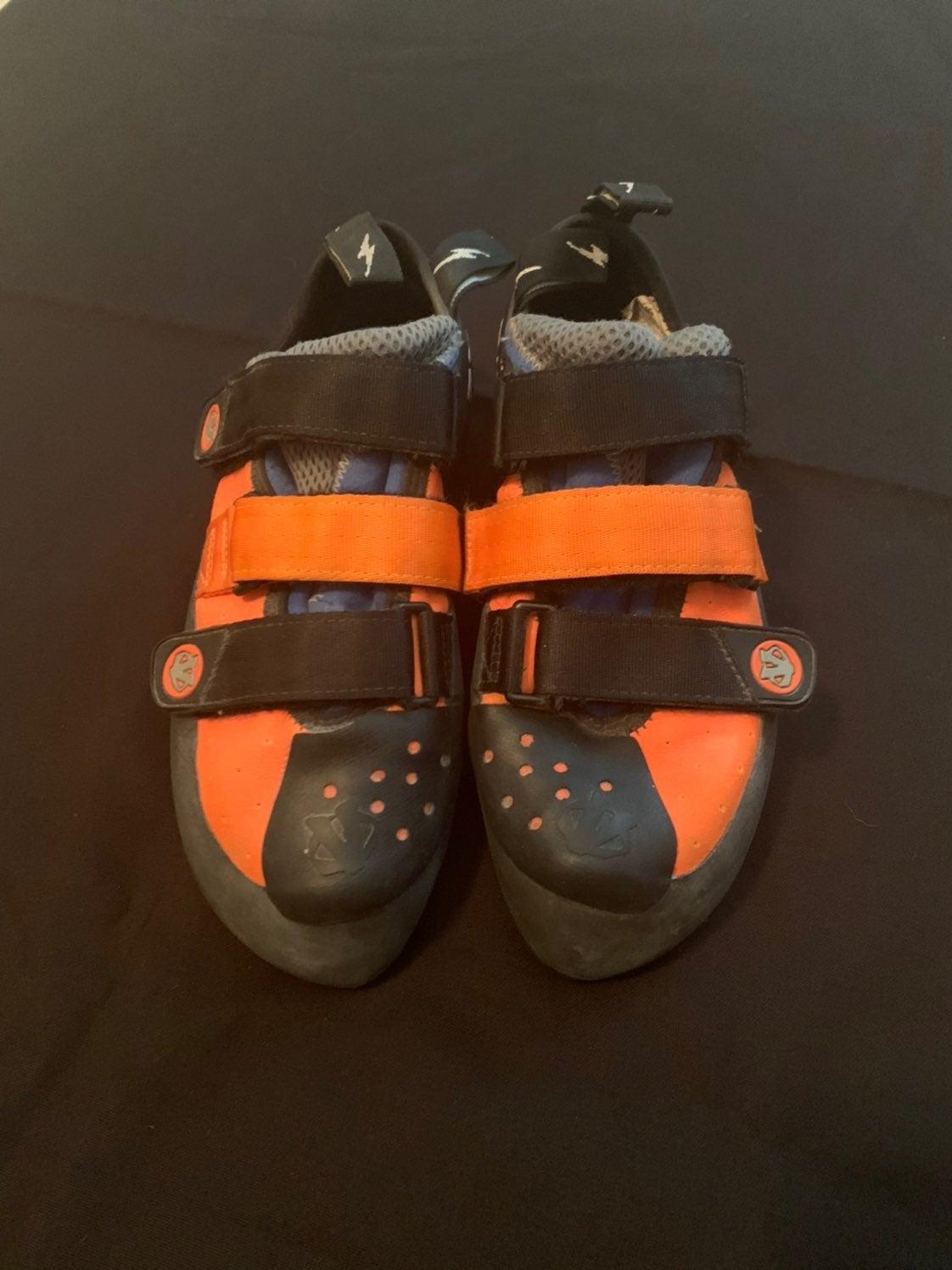 Mens Evolv climbing shoes