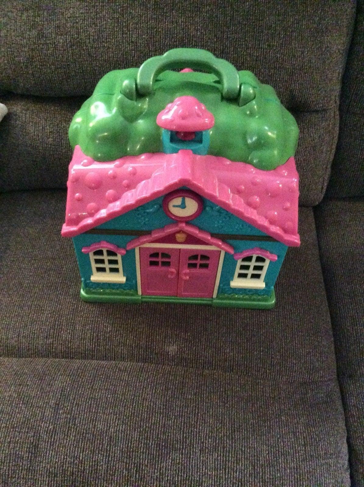 Little critter house