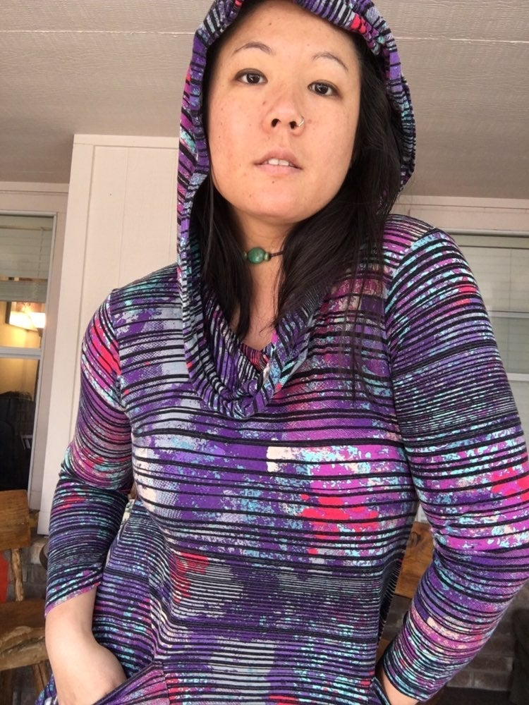 **Multicolored Active Sweater With Hood