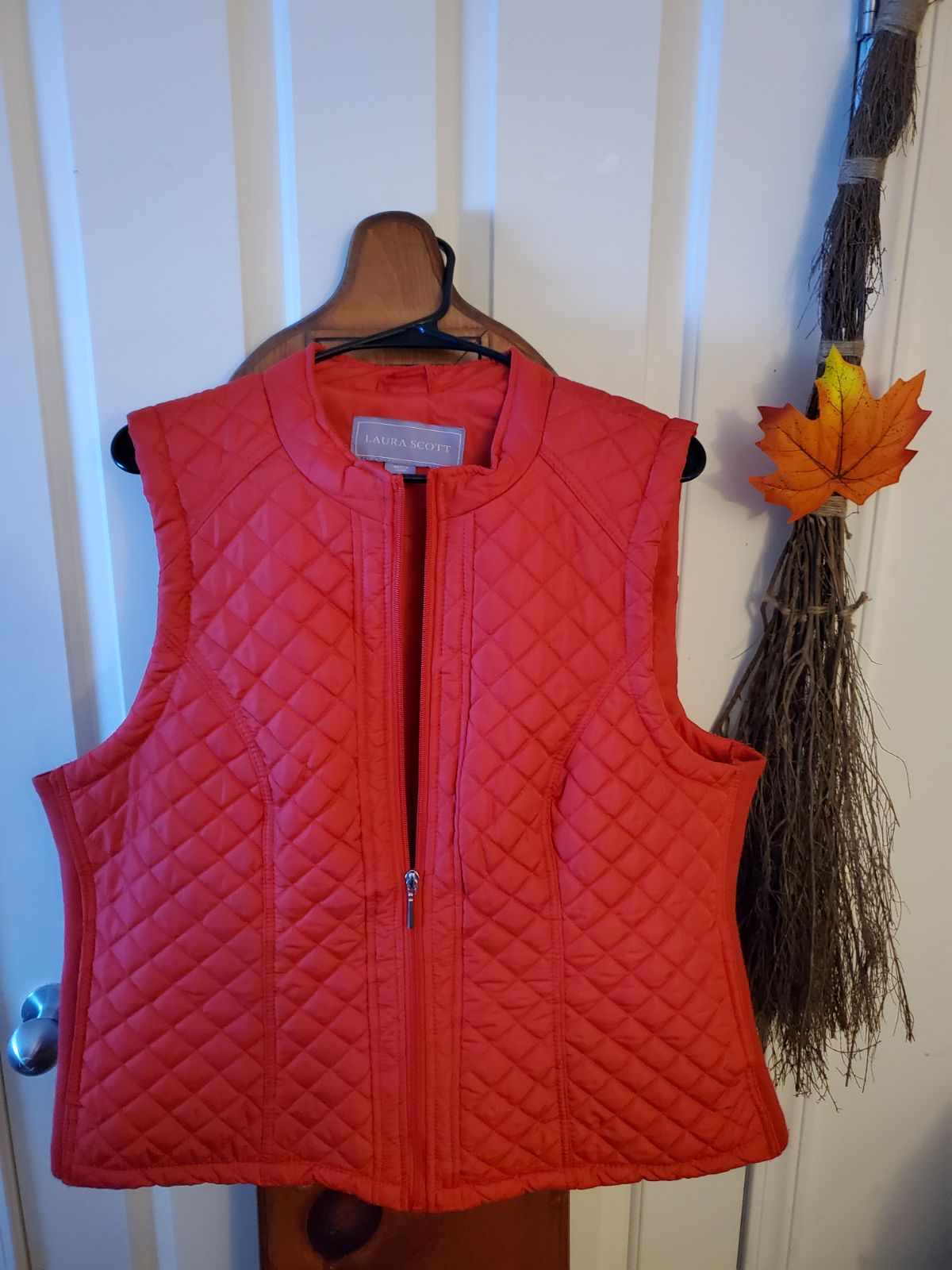 Laura Scott puffer vest