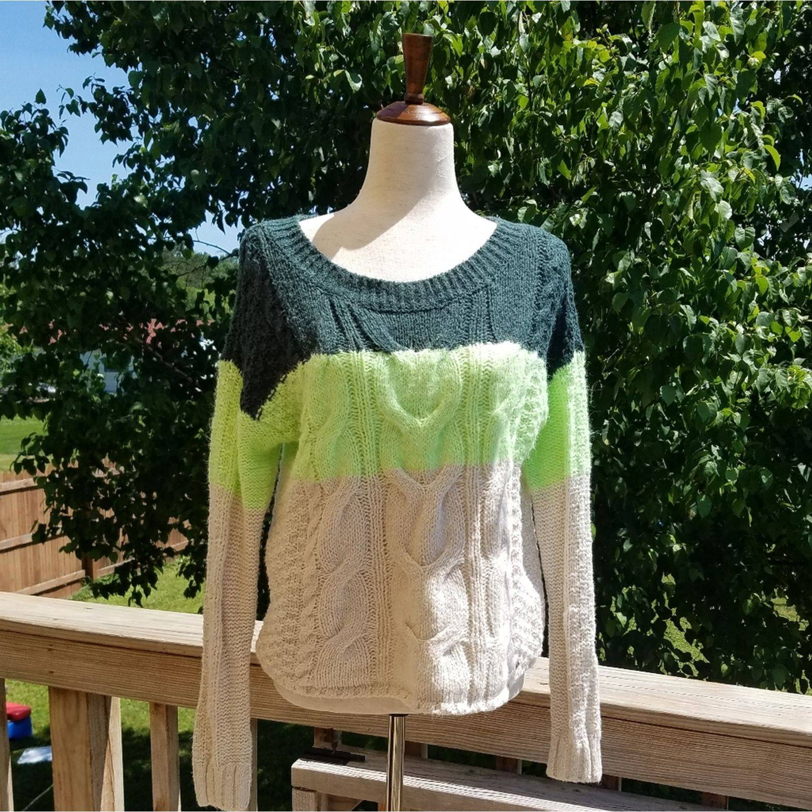 Small Hollister Color Block Sweater