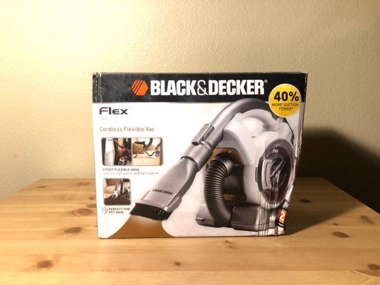 BLACK AND DECKER FLEX CORDLESS FLEXIBLE