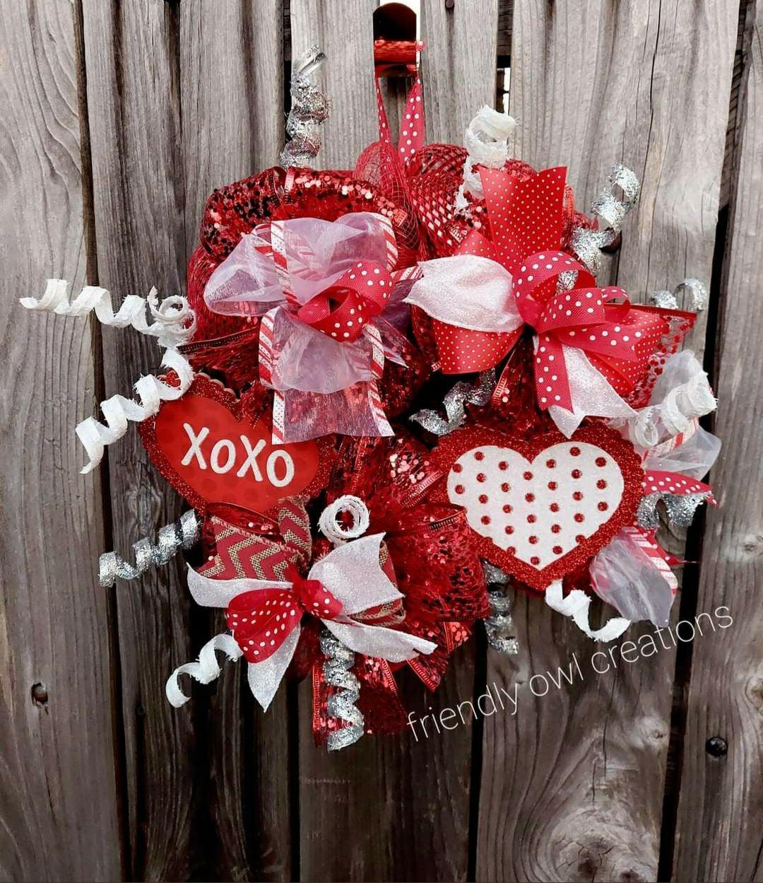 XOXO valentines day wreath