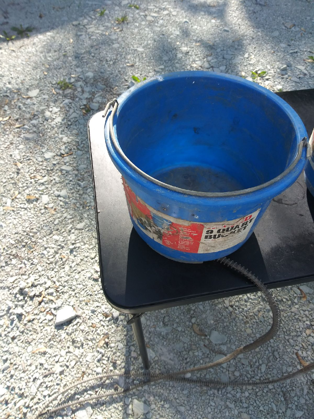 Heated 9 quart bucket