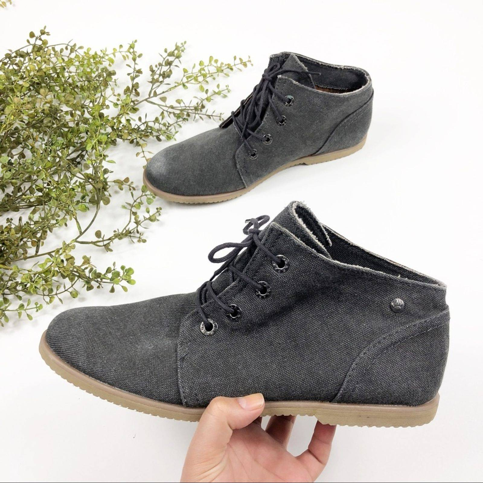 BEARPAW Chukka Boots | Mercari