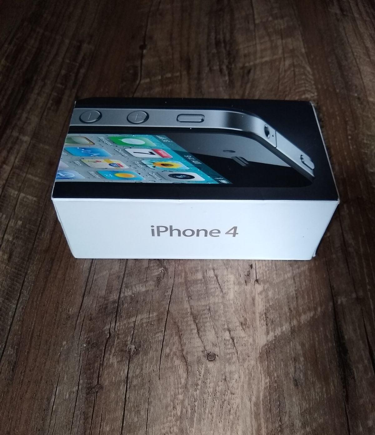 iPhone 4 Black 16 GB Box