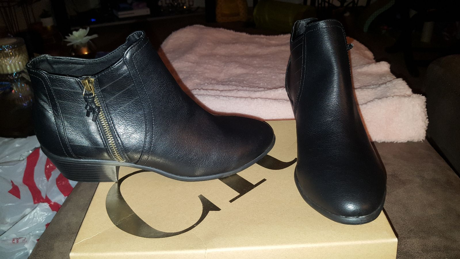 New Charlotte russe boots size 10