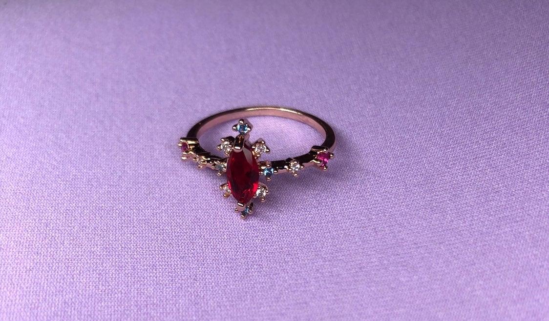 Beuitiful unique ring