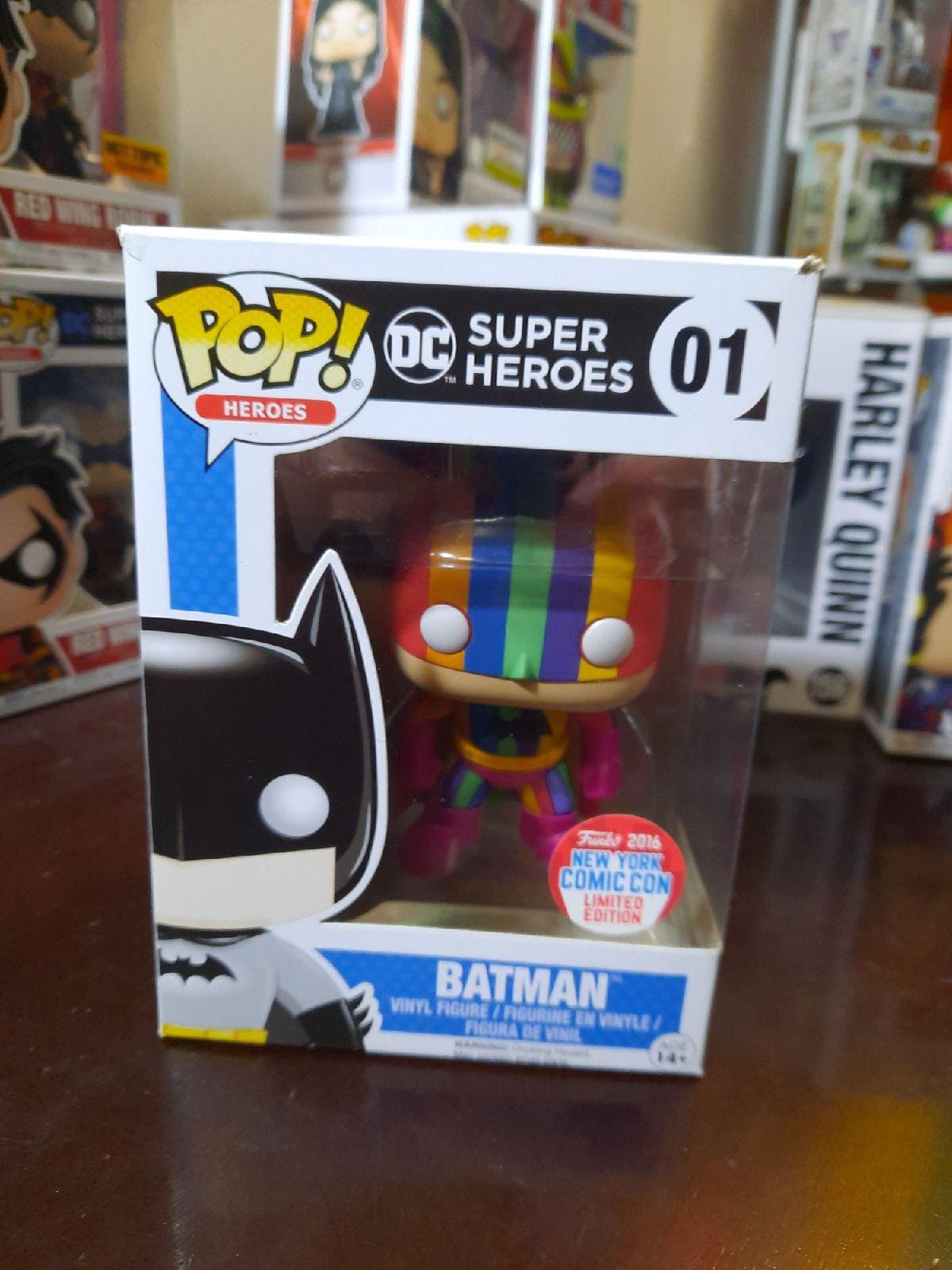 Rainbow Batman funko pop 01 NYCC 2016