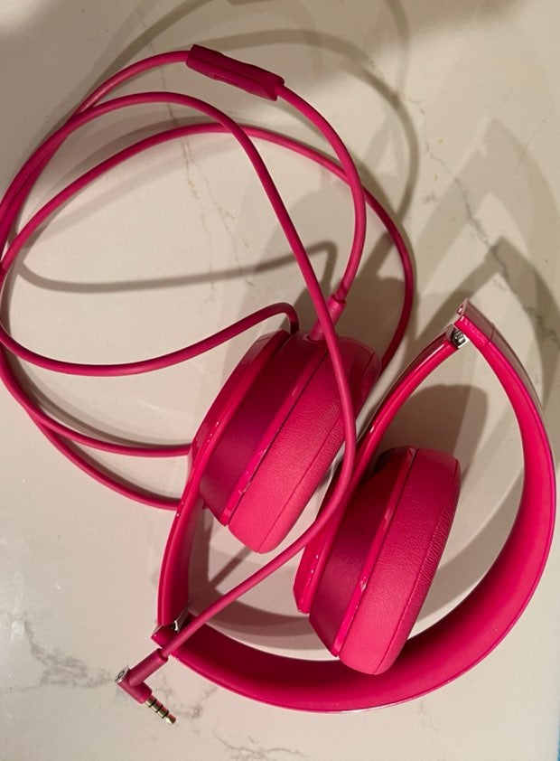Beats by dr. Dre solo hot pink
