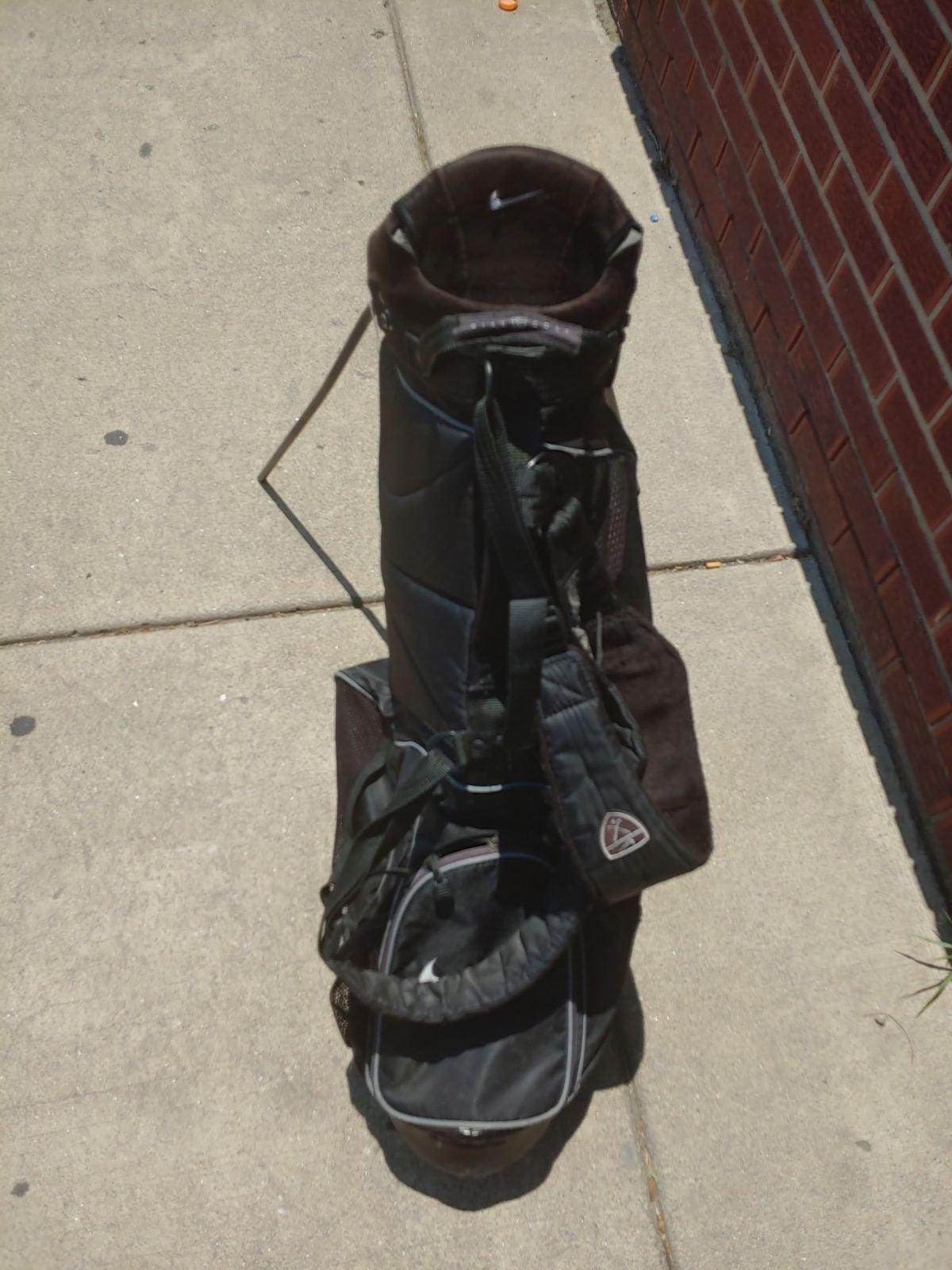 Nike used golf bag
