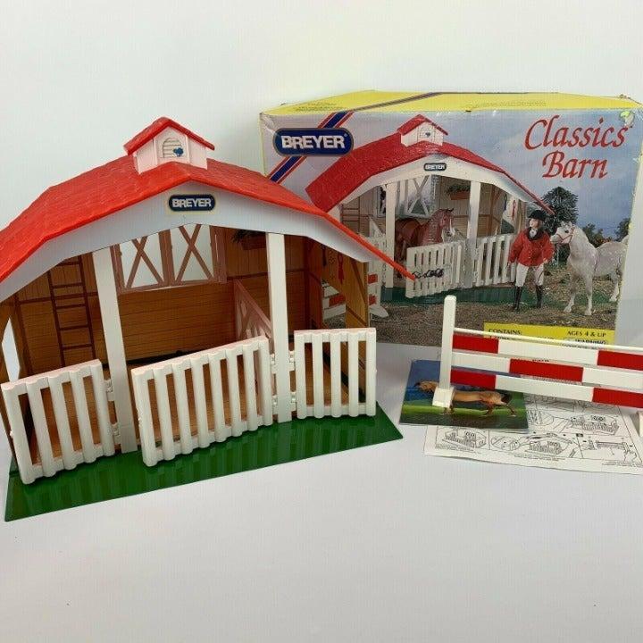 Breyer Classics 3 Stall Barn and Jump