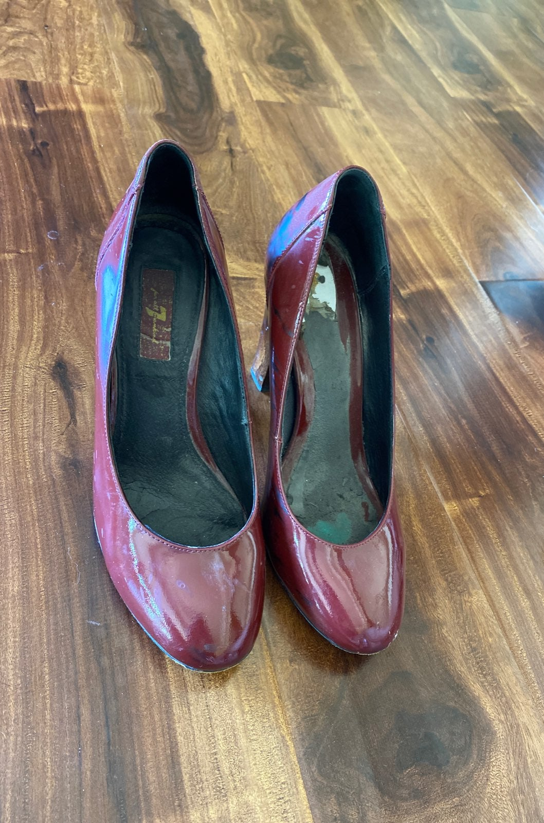 Seven for all mankind red heels size 9