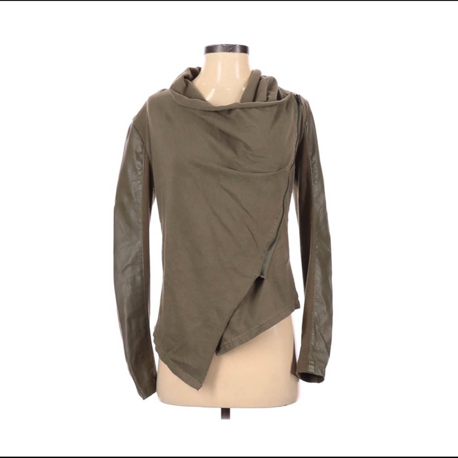 BLANK NYC jacket olive size XS