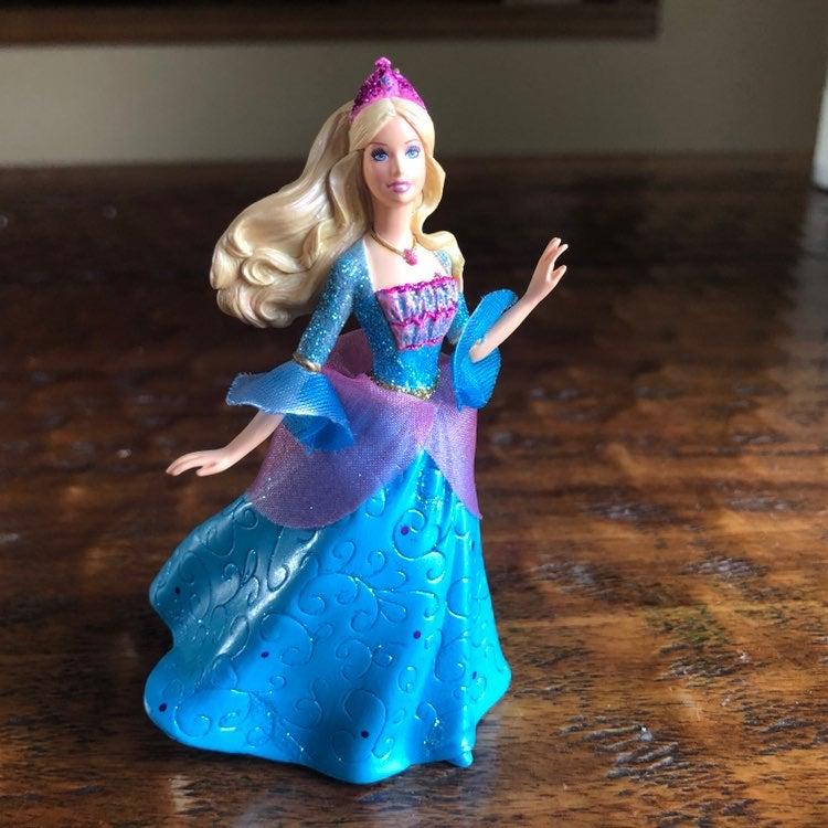 Hallmark 2007 Barbie as Rosella Ornament