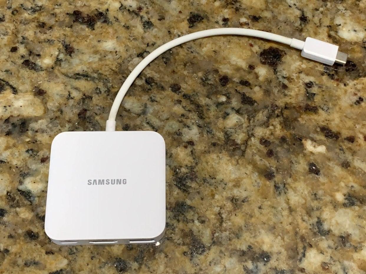 Samsung Multiport USB-C USB 3.0A HDMI