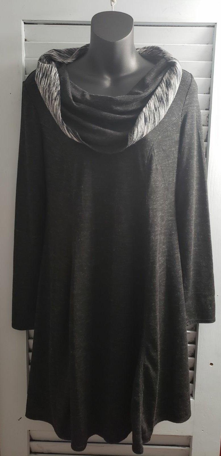 Max Studio Weekend Sweater Dress S