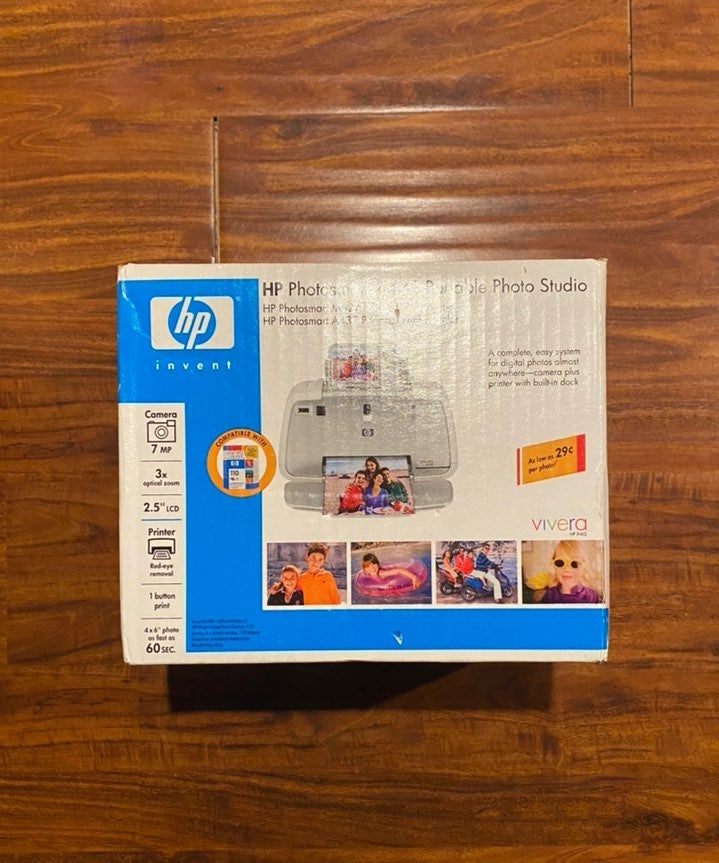 HP Photosmart A436 Portable Photo Studio