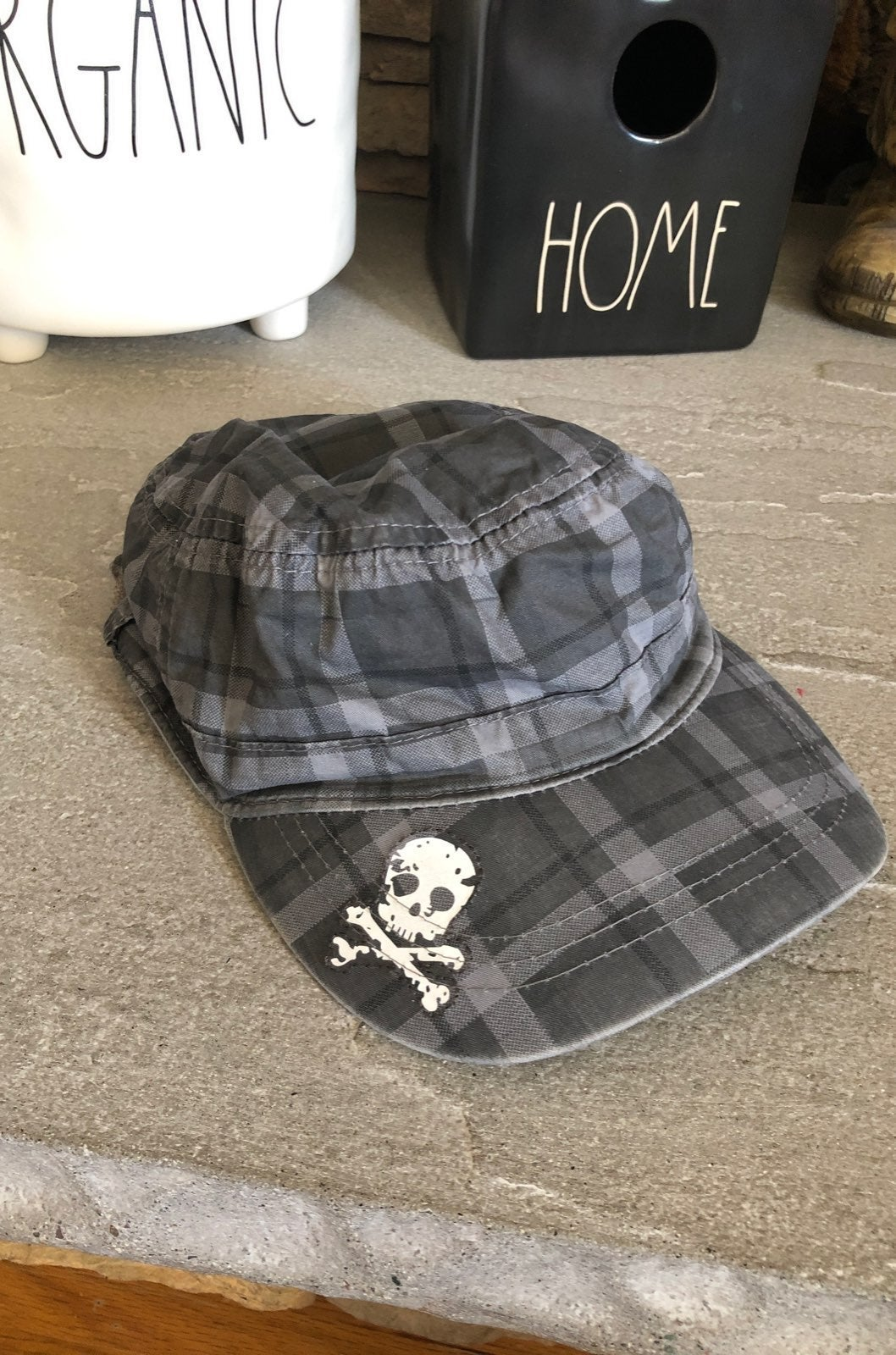 Amy coe grey plaid skull paperboy hat
