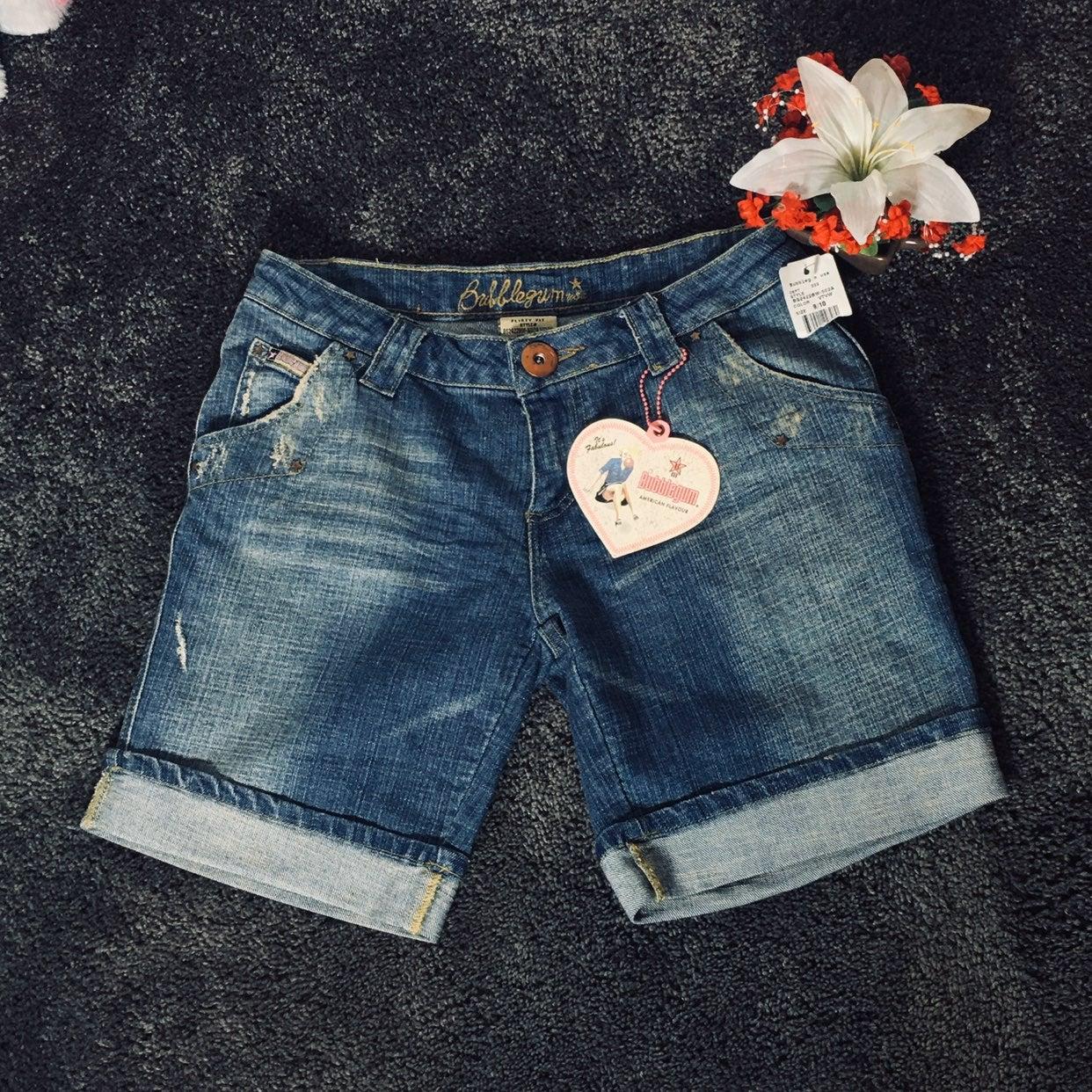 Bubblegum Flirty fit jean shorts