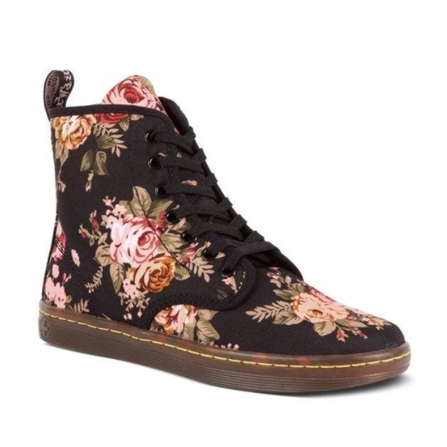 Dr. Martens Floral Boots | Mercari