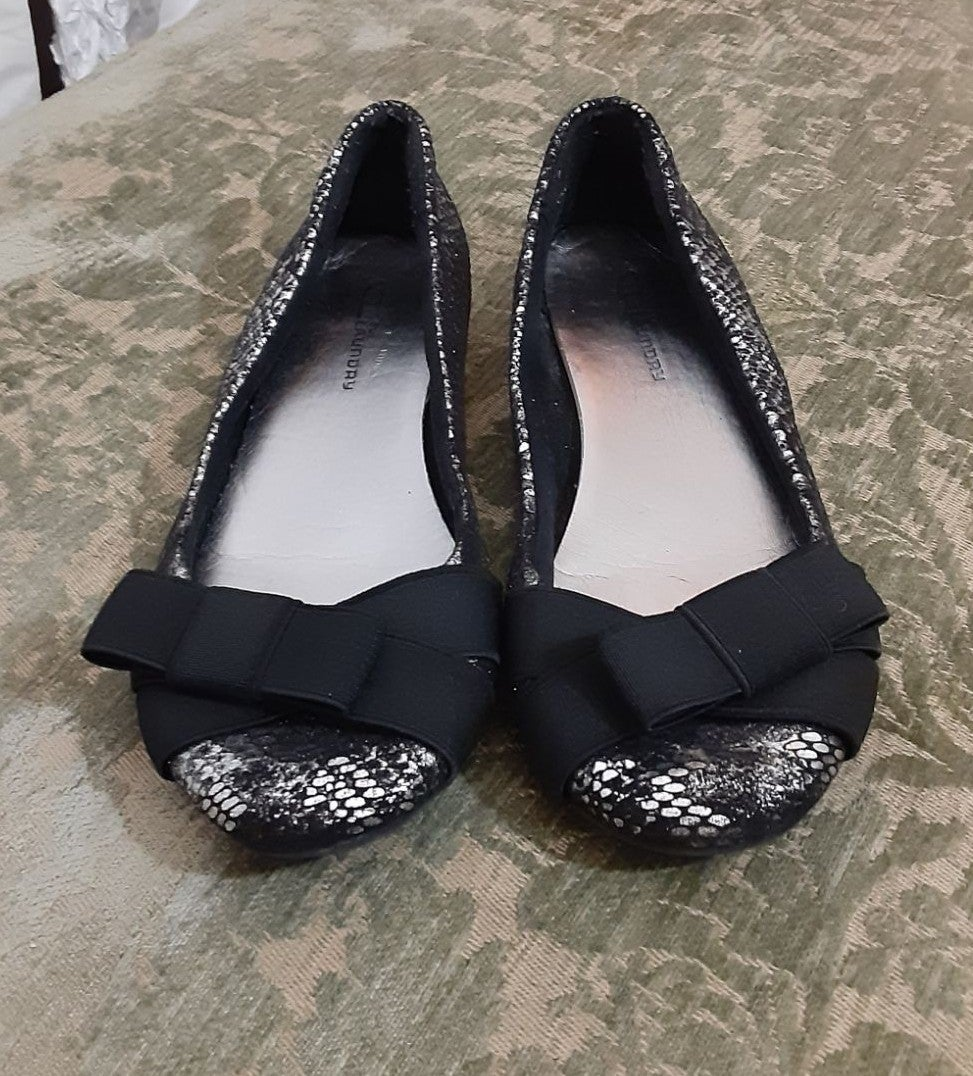 Chinese Laundey Ballet Flats