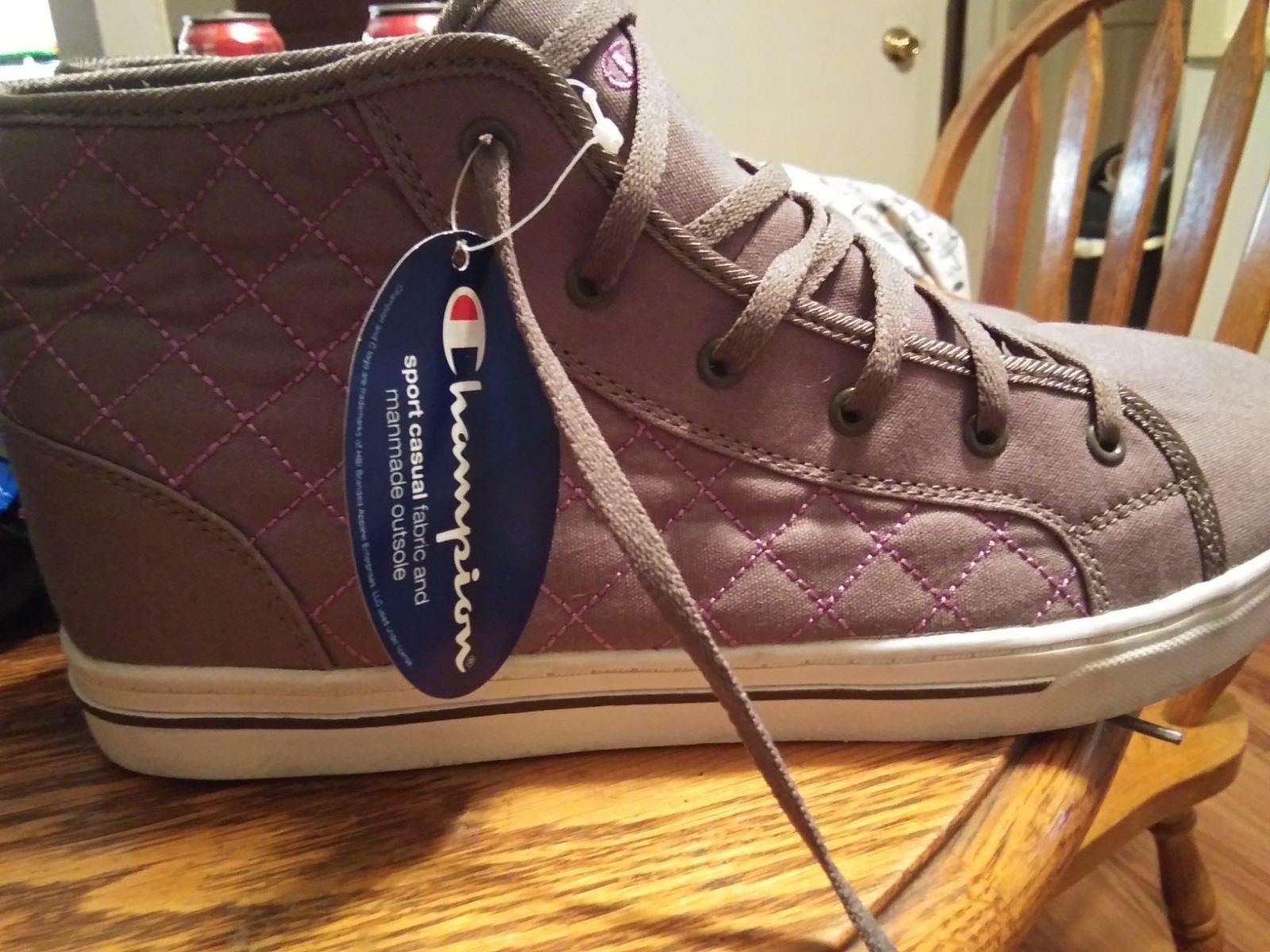 Old school women's CHAMPION sneakers