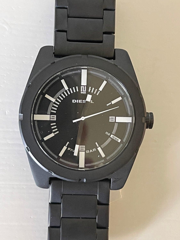 diesel unisex watches for men & women