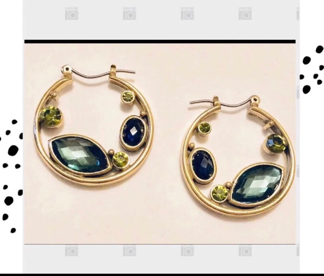 Green hoop earrings with crystals - new