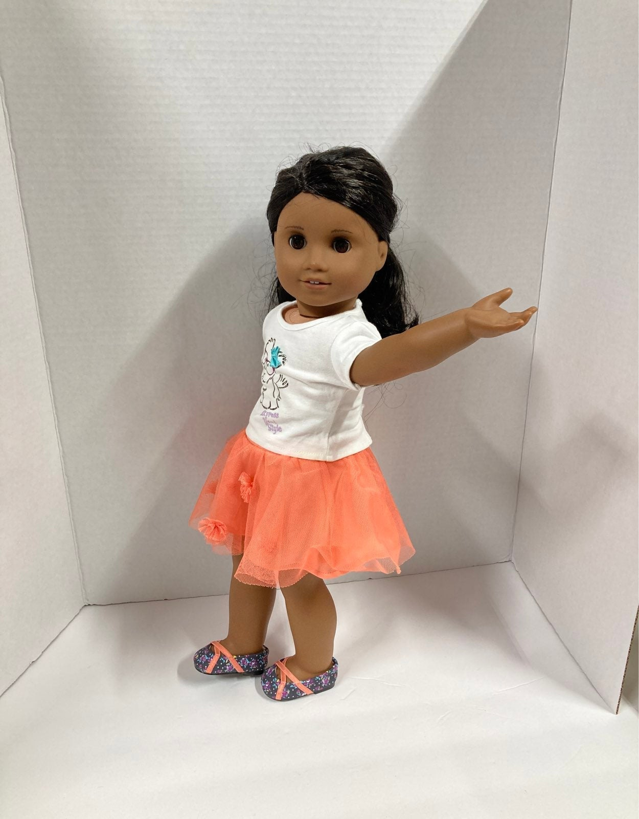 American Girl Doll - Coconut outfit