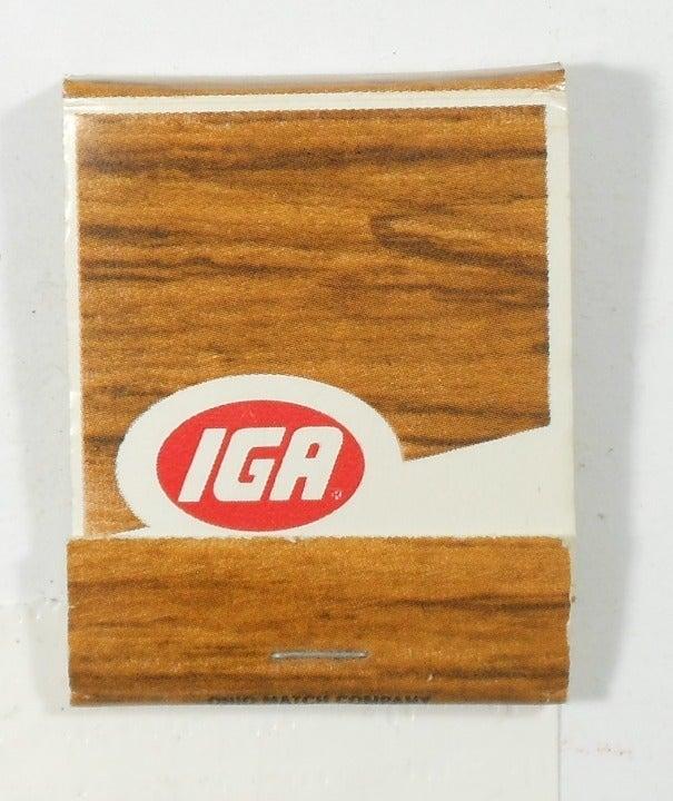 IGA Matchbook - woodgrain cover