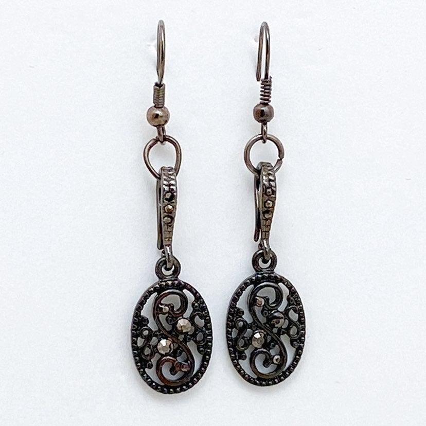 Black Drop Earrings w Hematite Accents